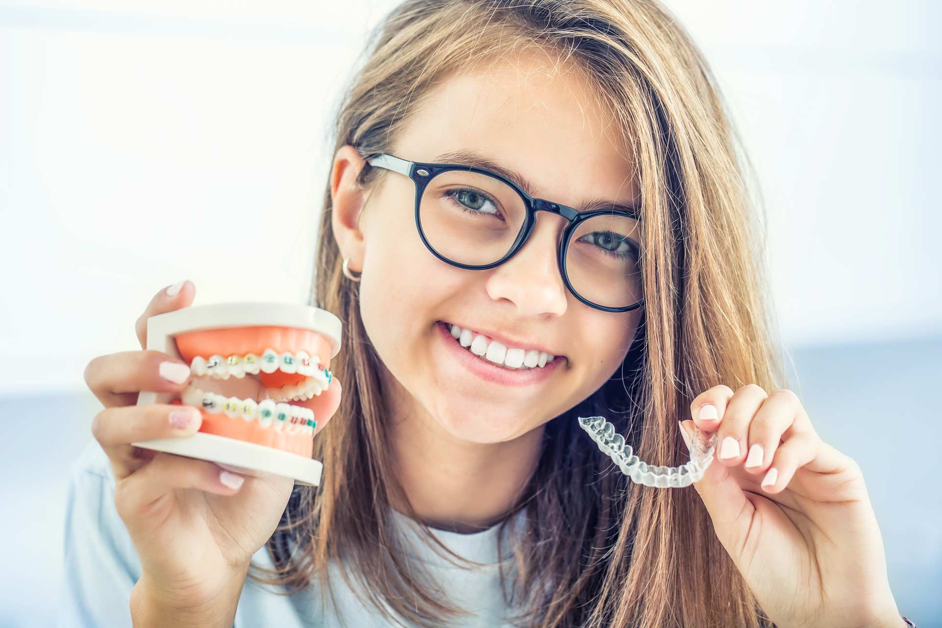 Braces vs Invisalign: Which is Better for You?